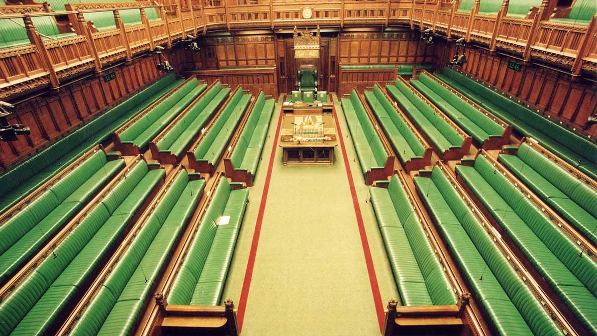 نمایندگان مجلس در کشورهای دیگر چقدر غیبت میکنند؟!